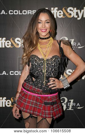 LOS ANGELES - OCT 29:  Courtney Sixx at the Life & Style Weekly's