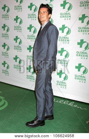 LOS ANGELES - OCT 29:  Orlando Bloom at the Global Green Hosts Book Lauch of
