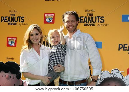 LOS ANGELES - NOV 1:  Ashley Jones, Joel Henricks's son, Joel Henricks at the