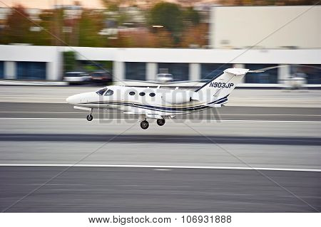 Cessna 510 Multin Engine Aircraft Landing