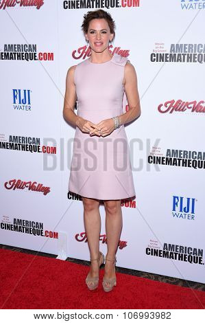 LOS ANGELES - OCT 30:  Jennifer Garner arrives to the American Cinematheque honors Reese Witherspoon  on October 30, 2015 in Hollywood, CA.