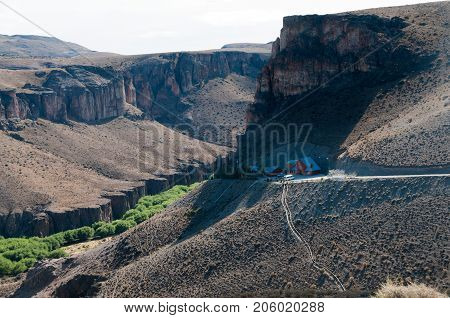 Somewhere along the route from the cueva de las manos to Ruta 40, near Bajo Caracoles