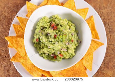 guacamole with tortilla chip