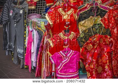 Bankok Thailand - Sep 9 2017 Street vendor Chinese traditional dress in Yaowarat or Chinatown