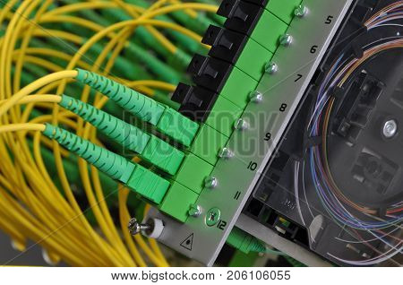 Fiber optic splice cassettes in passive optical networks poster