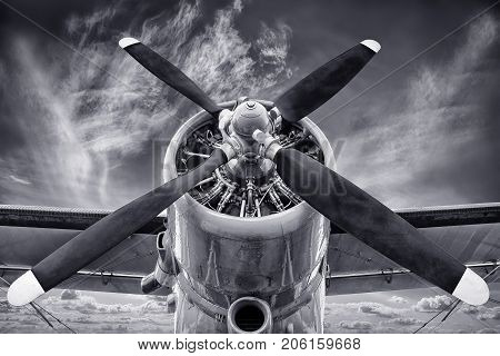 propeller front view of an historic biplane