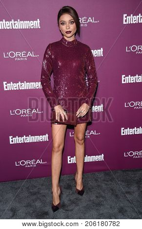 LOS ANGELES - SEP 15:  Sarah Hyland arrives for the Entertainment Weekly Pre Emmy Party on September 15, 2017 in West Hollywood, CA