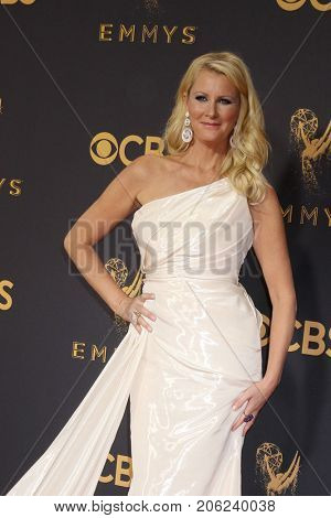 LOS ANGELES - SEP 17:  Sandra Lee at the 69th Primetime Emmy Awards - Arrivals at the Microsoft Theater on September 17, 2017 in Los Angeles, CA