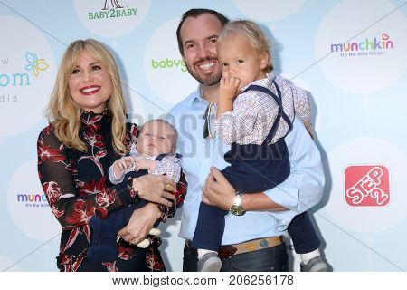 LOS ANGELES - SEP 23:  Virginia Williams, Beau Bricken, Bradford Bricken, Ford Bricken at the Red CARpet Safety Event at  Sony Pictures Studio on September 23, 2017 in Culver City, CA