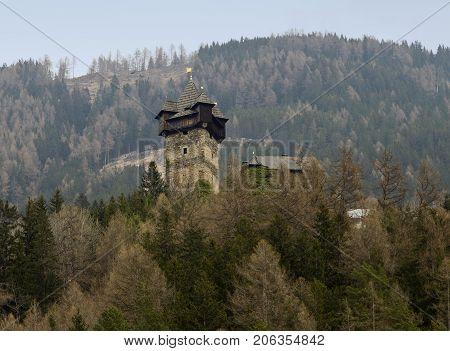 Niederfalkenstein Castle is part of the larger Falkenstein fortification complex
