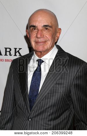 LOS ANGELES - SEP 26:  Robert Shapiro at the