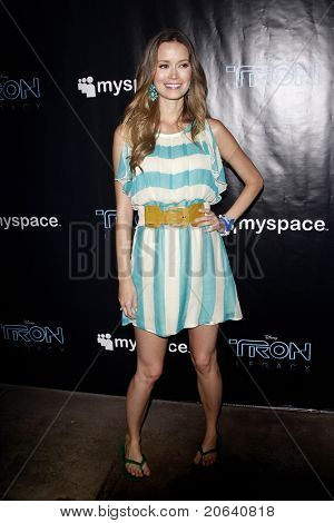 SAN DIEGO - JUL 23:  Summer Glau at the 'Tron' MySpace Party at Flynn's Arcade during Day 2 of Comic-Con 2010 in San Diego, California on July 23, 2010.