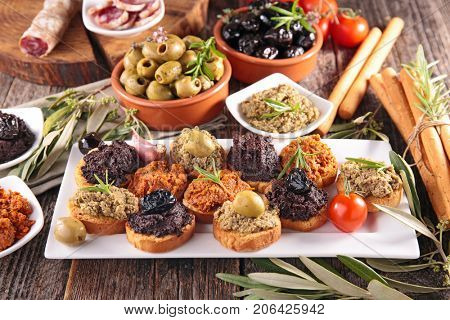 canape with tapenade