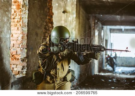 Return of cold war arms of the russian soldier