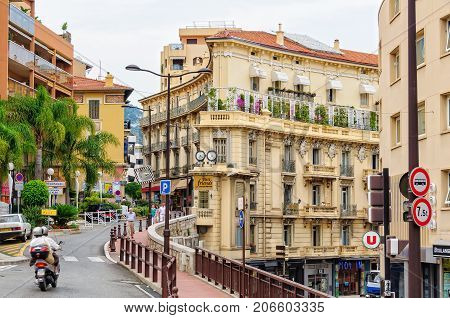 Rue des Iris on the border of Monaco and France - 8 July 2013