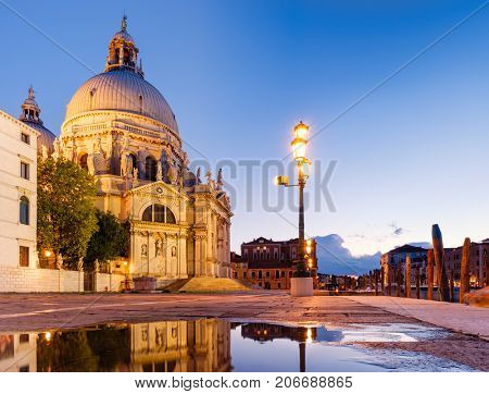 The Basilica di santa Maria della Salute in Venice at sunset