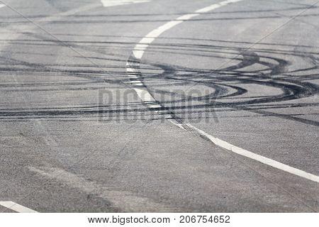 Emergency braking tracks on the highway .