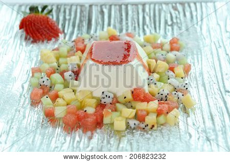mix pudding for fresh pudding and fruit