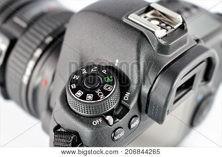 An image of a canon camera 6D, with the Conon Logo - Aerzen/Germany - 09/27/2017 - correction