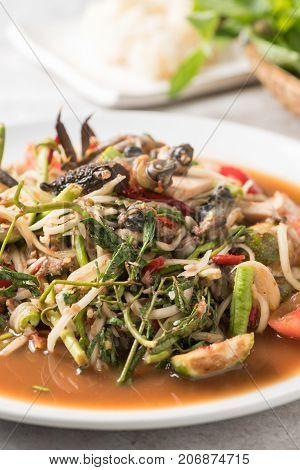 Thai Spicy Papaya Salad With Pork Sausage,