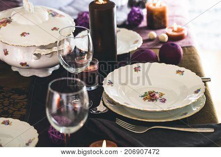 Table setting for dinner. Elegant place setting for restaurant