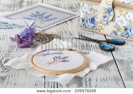 Set For Embroidery, Embroidery Hoop, Linen Fabric, Thread, Scissors, Embroidered Needle Bed