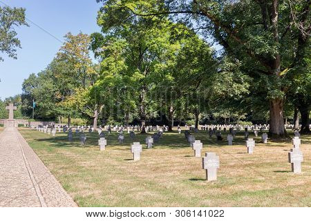 Hamm Near Luxembourg City, Luxembourg - August 22, 2018: Memorial Monument And Headstones At German
