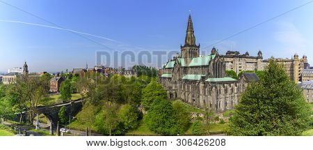 Panoramic Glasgow Cathedral Is The Oldest Cathedral On Mainland And Is The Oldest Building In Glasgo