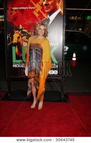 LOS ANGELES - JAN 25:  Chantal Sutherland arrives at  the