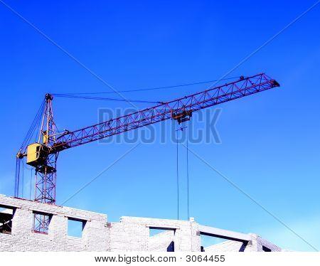 The Working Hoisting Crane.