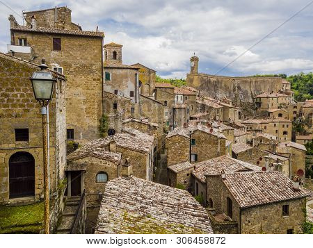 Picturesque View Of The Red Roofs Of  Sorano, Tuff Mediaeval Village In Tuscany, Italy