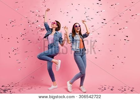 Full Length Body Size Photo Beautiful She Her Sisters Ladies Festive Hands Raised Listen Playlist Cl