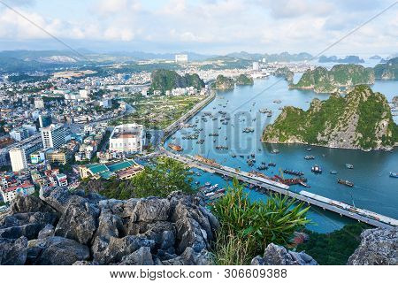 Ha Long Bay, Vietnam - June 10, 2019: View Over Ha Long Bay, Vietnam. Tourist Attractions Very Popul