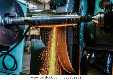 Grinding On The Machine, High-precision Machining Of Parts With An Abrasive Wheel On A Circular Grin