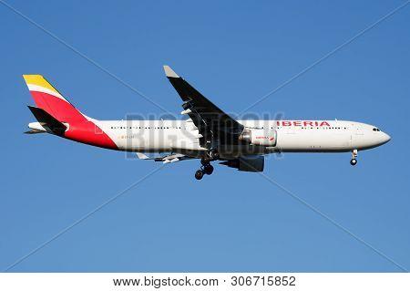 Iberia Airlines Airbus A330-300 Ec-lzj Passenger Plane Landing At Madrid Barajas Airport
