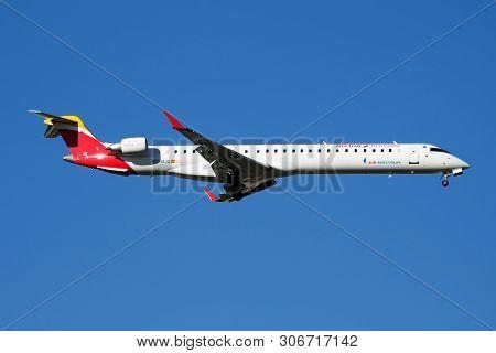 Iberia Regional Air Nostrum Bombardier Crj-1000 Ec-mjq Passenger Plane Landing At Madrid Barajas Air