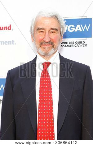 LOS ANGELES - JUN 9: Sam Waterston at The Actors Fund's 23rd Annual Tony Awards Viewing Gala honoring Lily Tomlin at the Skirball Cultural Center on June 9, 2019 in Los Angeles, CA