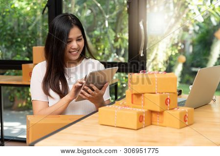Customer Receiving Many Parcel From Delivery After Online Shopping