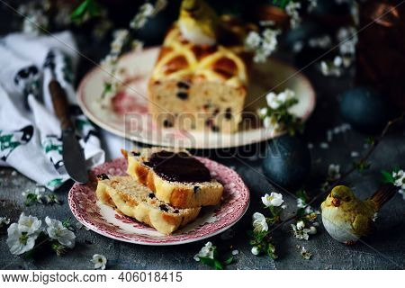Hot Cross Bun Loaf..traditional  Easter Pastries. Selective Focus