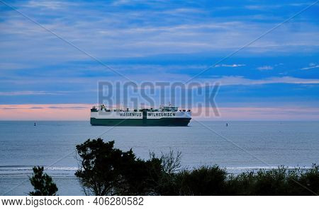 St. Simons, Georgia -november 1, 2020: Freighters Now Carry Most Of The Worlds Cargo And The Largest