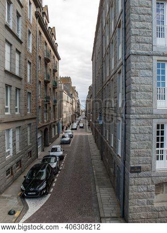 Saint-malo, France - September 14, 2018: Narrow Street In St Malo, Brittany, France