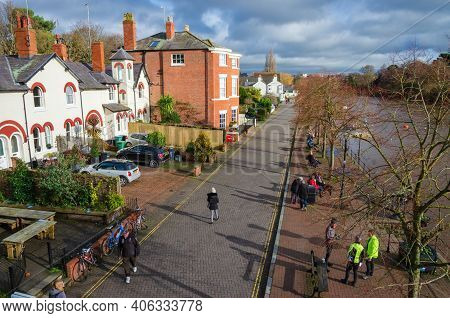 Chester; Uk: Jan 29, 2021: People Are Taking Their Daily Exercise Along The Groves, A Riverside Espl