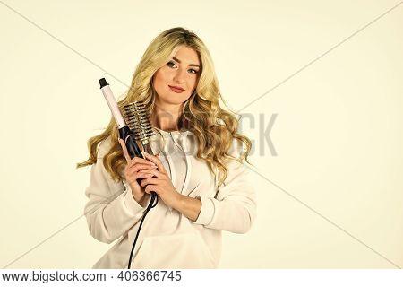 Hairdresser Tips. Girl Adorable Blonde. Buy Tools. Online Shop. Useful Curling Iron Tricks Everyone