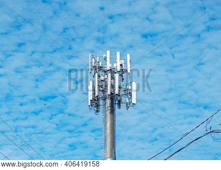 Single Cell Tower In New Orleans, Louisiana, Usa