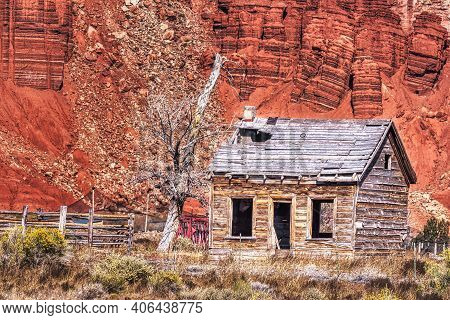 Abandoned Cabin In The Desert Near Capitol Reef National Park In Utah.