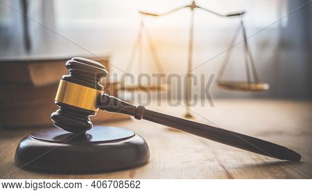 Law Theme, Mallet Of The Judge, Law Enforcement Officers, Evidence-based Cases And Documents Taken I