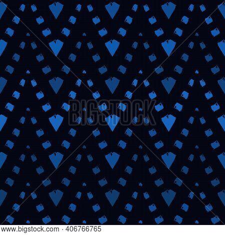 Ethnic Seamless Pattern. Freehand Horizontal Zigzag Chevron Stripes Print. Boho Chic Design Backgrou