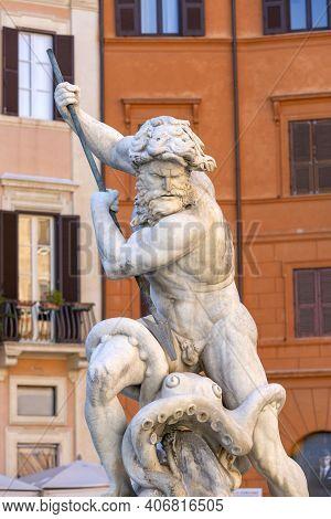 Rome, Italy - October 9, 2020: 16th Century Fountain Of Neptune (fontana Del Nettuno) Located In Pia