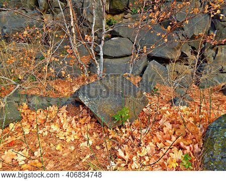Rocks In October - An Autumn Scene At The Rock Formations In Pioneer Park - Bend, Or