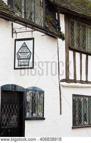 Warwick, Uk - February 15, 2013. Exterior Of Thomas Oken Tea Rooms, A Quaint English Tea Shop In The